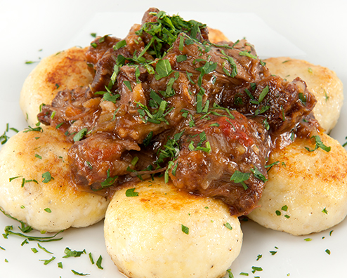 Makers mark braised oxtails with ricotta gnudi 494x396
